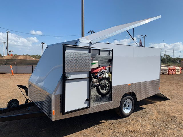 Andrew and Sons 4m Enclosed Motorbike Trailer Build TRAILER PLANS www.trailerplans.com