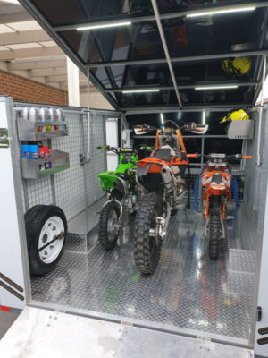 Stuarts 4m Enclosed Motorbike Trailer Build TRAILER PLANS www.trailerplans.com